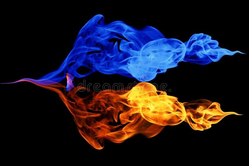fondo del símbolo, del fuego y del hielo de Yin-Yang imagen de archivo libre de regalías