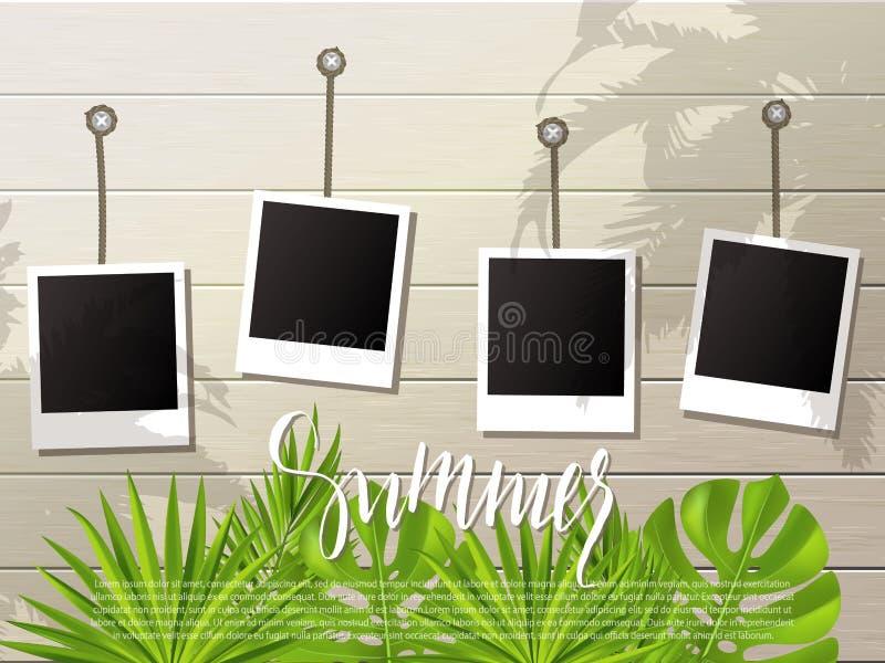 Fondo del verano Sistema de bastidores de la foto en la cuerda Pared de madera y plantas tropicales, hojas Ilustración del vector libre illustration