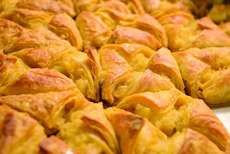 Fondo della baklava Dessert nazionale tradizionale orientale Fuoco selettivo fotografia stock