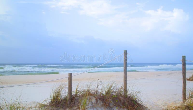 Fondo della spiaggia sabbiosa e del mare immagini stock libere da diritti