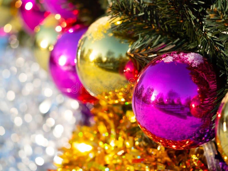 Fondo delle decorazioni della sfera di festa del nuovo anno fotografia stock libera da diritti