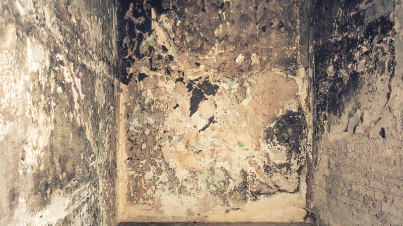 Fondo descolorado sucio dañado de la pared interior fotos de archivo libres de regalías
