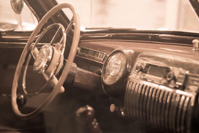 Fondo - dettaglio interno di un'automobile d'annata fotografie stock