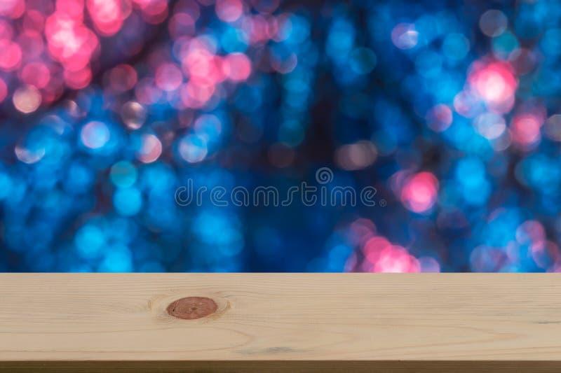 Fondo di Bokeh con di legno vuoto immagine stock libera da diritti