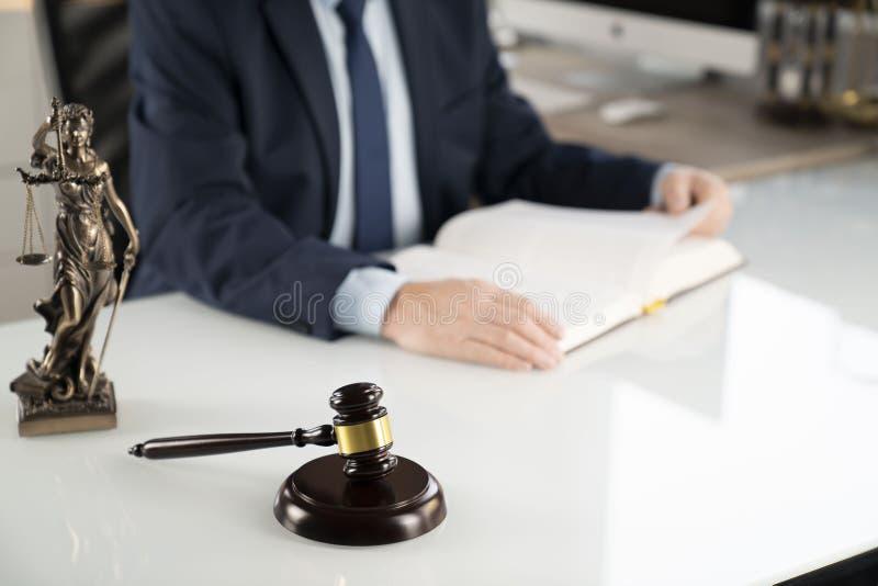 Fondo di concetto dell'avvocato Posto per testo fotografia stock