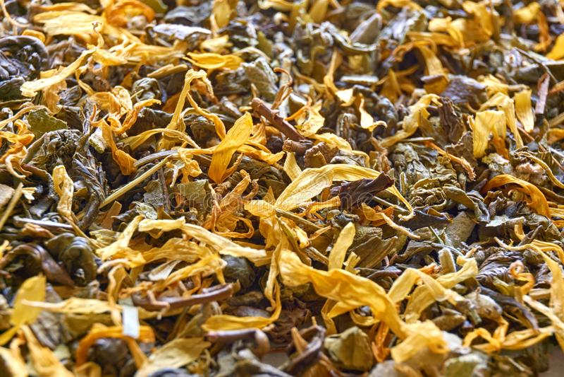 Fondo di erbe asciutto delle foglie di tè immagini stock