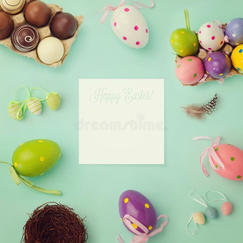 Fondo di festa di Pasqua con retro effetto del filtro fotografia stock