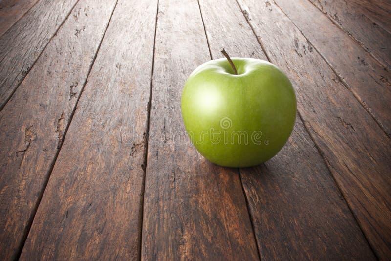 Fondo di legno di Apple fotografia stock