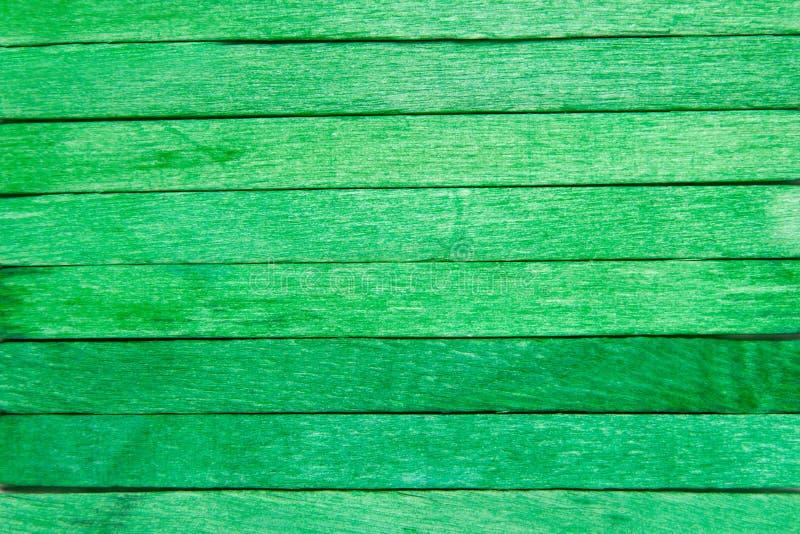 Fondo di legno di verde della plancia immagini stock