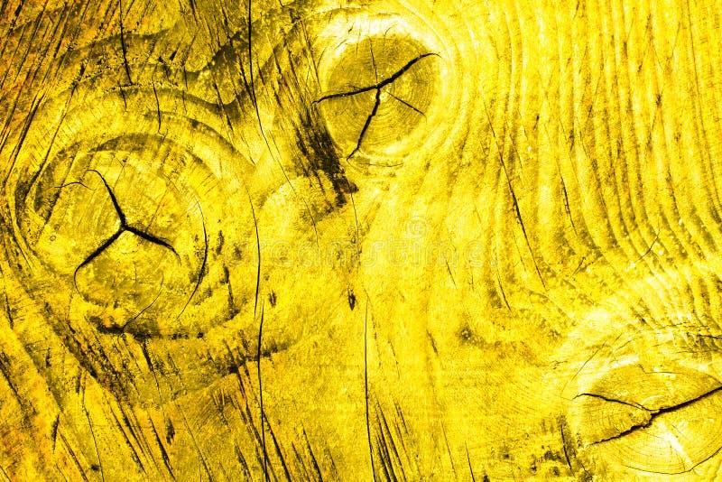 Fondo di legno naturale semplice di struttura della plancia della parete nel colore giallo con il modello e le imperfezioni di le fotografia stock