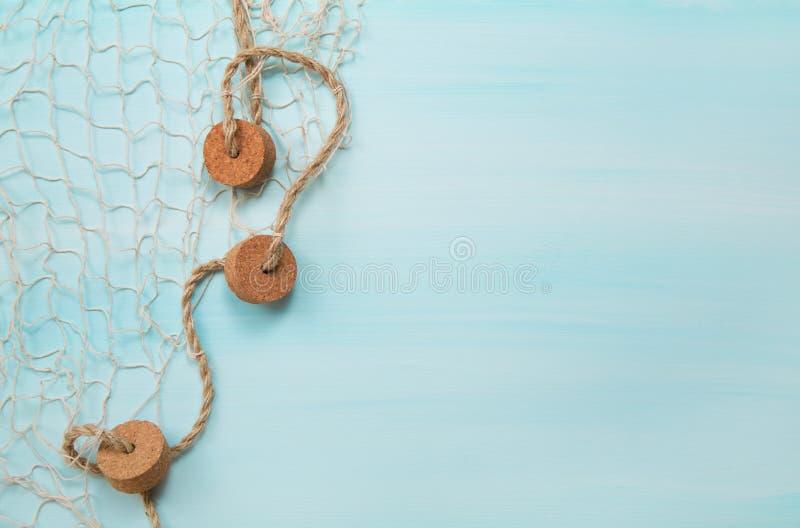 Fondo di legno nautico marittimo del turchese e del blu con un fi fotografia stock libera da diritti