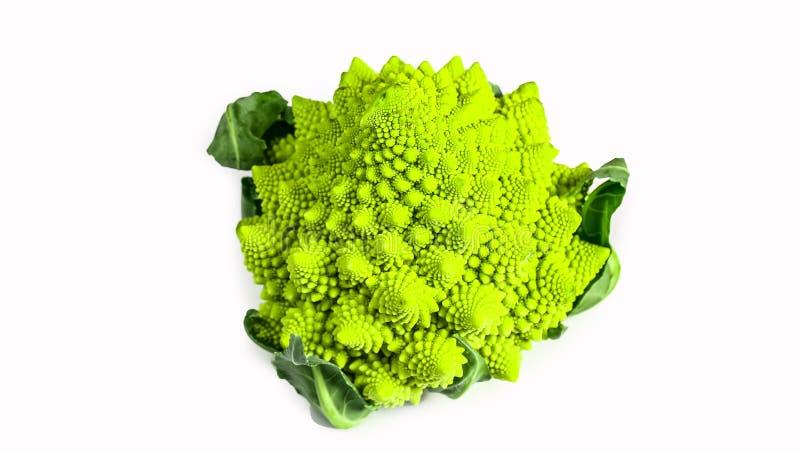 Fondo di marco del cavolo dei broccoli di Romanesco Superficie di frattale della natura con il modello spital, isolato su fondo b fotografia stock
