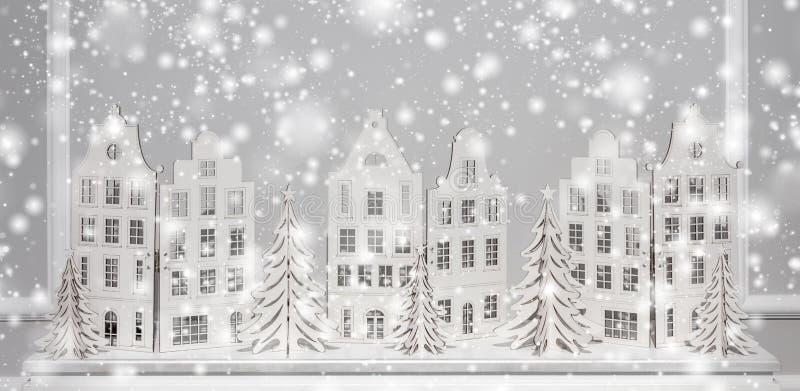 Fondo di Natale delle decorazioni di carta Composizione nel buon anno ed in natale immagini stock libere da diritti