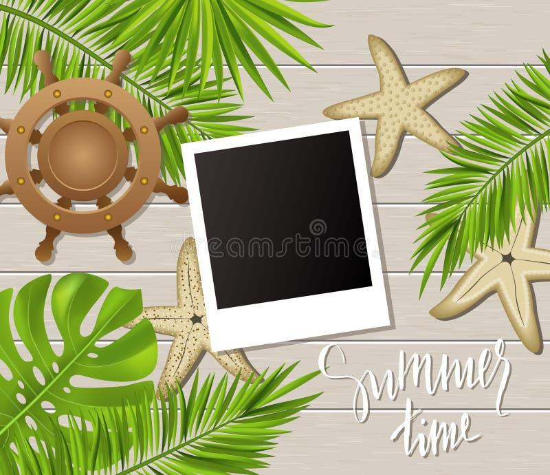 Fondo di ora legale con le strutture della foto, le piante tropicali, le foglie, le stelle marine e la ruota sul bordo di legno I illustrazione vettoriale