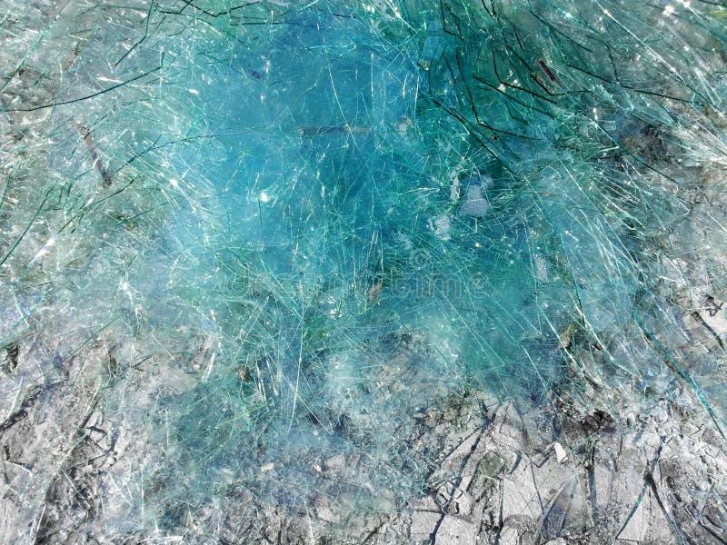 Fondo di vetro rotto blu fotografia stock