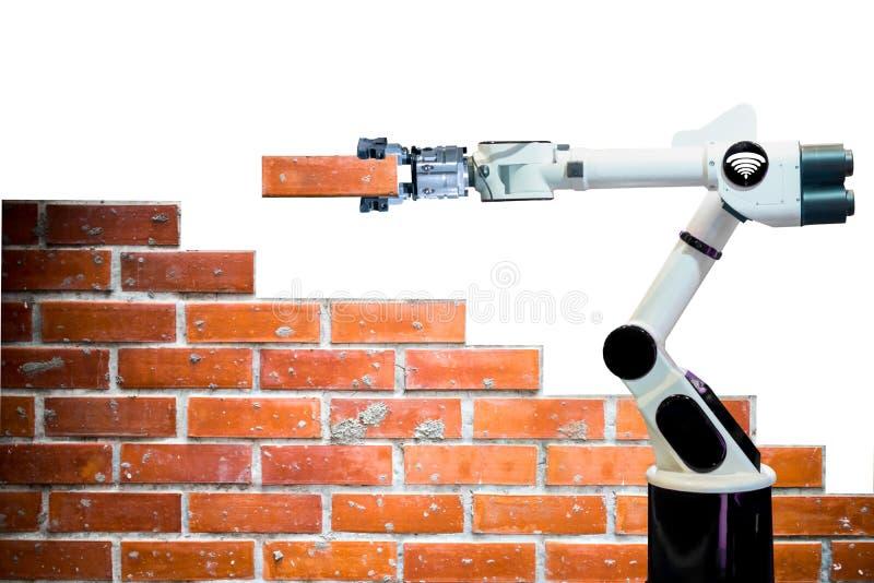 Fondo a distanza di bianco di wifi del robot di industria del braccio del mattone della forza umana astuta della costruzione di e fotografia stock