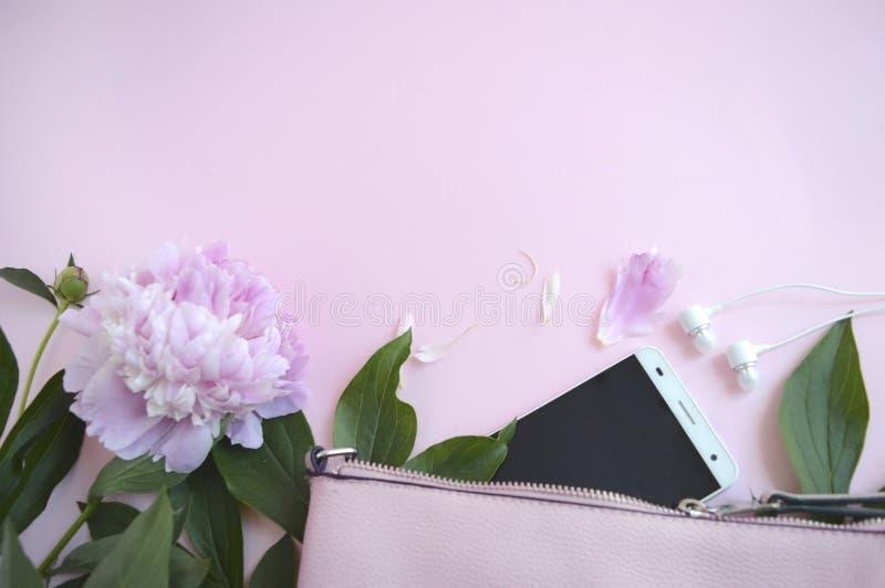 Fondo elegante para la mujer de negocios Copyspace lindo y ligero imagen de archivo libre de regalías