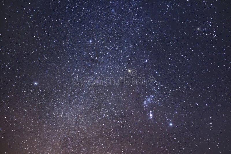 Fondo estrellado del cielo E r imágenes de archivo libres de regalías