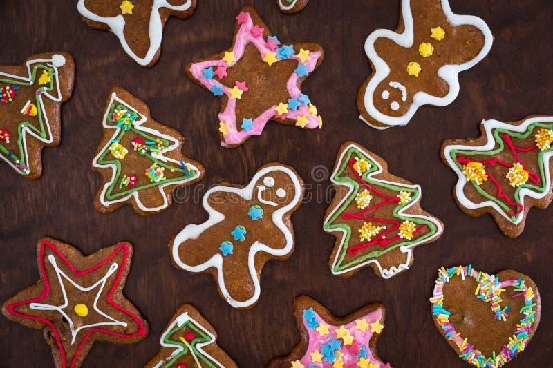 Fondo festivo de las galletas del pan de jengibre de la Navidad fotos de archivo