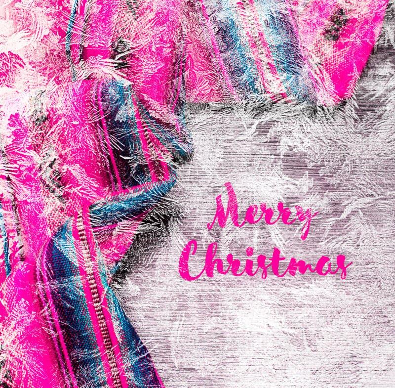 Fondo festivo del invierno del día de fiesta de la Navidad con el mantel multicolor brillante Feliz Navidad de la inscripción fotografía de archivo libre de regalías