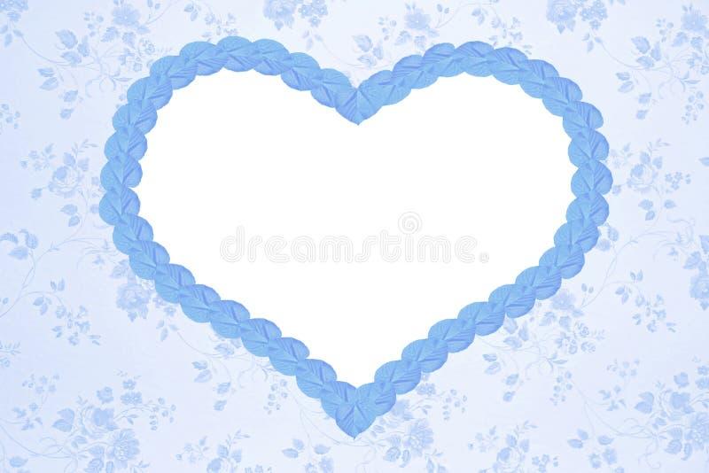 Fondo floral romántico con el corazón azul fotografía de archivo libre de regalías