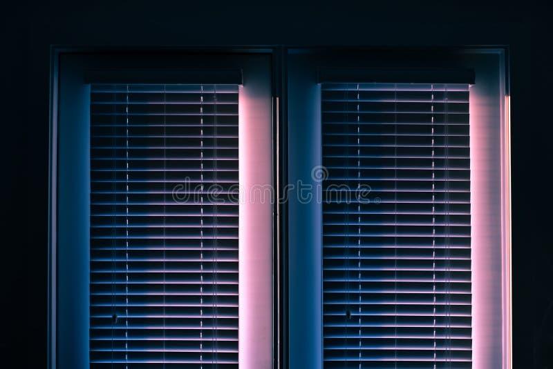 Fondo fresco dei paraocchi chiusi della finestra fotografie stock