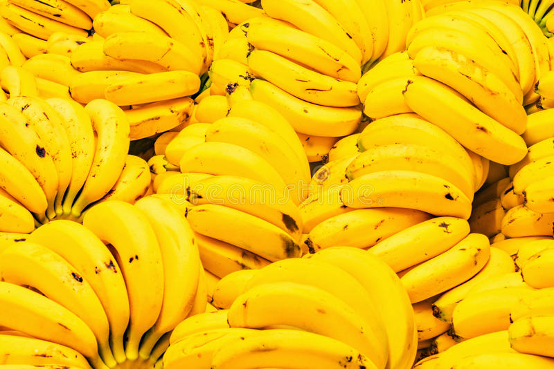 Fondo fresco del amarillo del plátano imagen de archivo