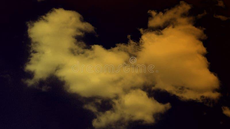 Fondo fumoso astratto di effetti di colore della noce delle nuvole illustrazione di stock
