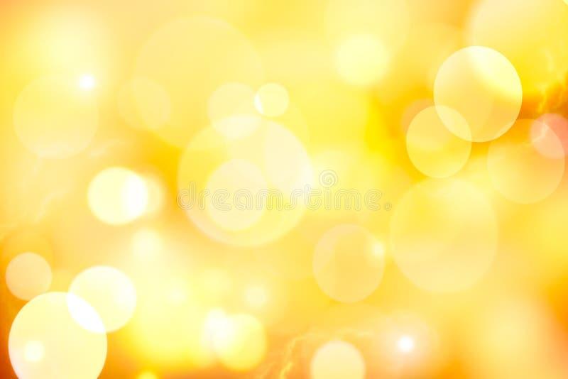 Fondo giallo d'annata dell'estratto del bokeh fotografia stock libera da diritti