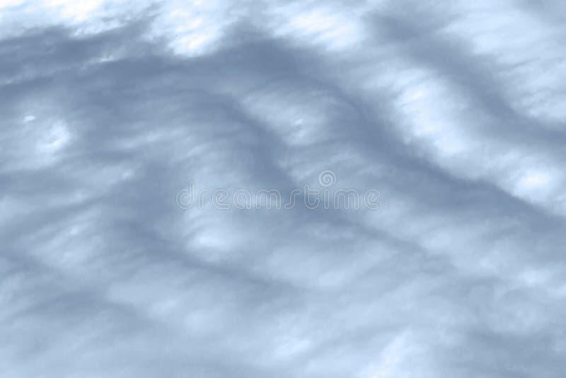 Fondo grigio vuoto atmosferico naturale dell'estratto con lo spazio della copia Paesaggio triste del cielo con il cielo a strisce fotografie stock