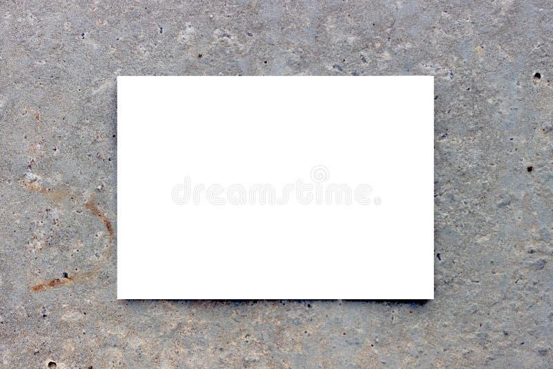 Fondo gris con una forma rectangular blanco-coloreado Maqueta Fondo concreto del marco rectangular hermoso grange fotos de archivo