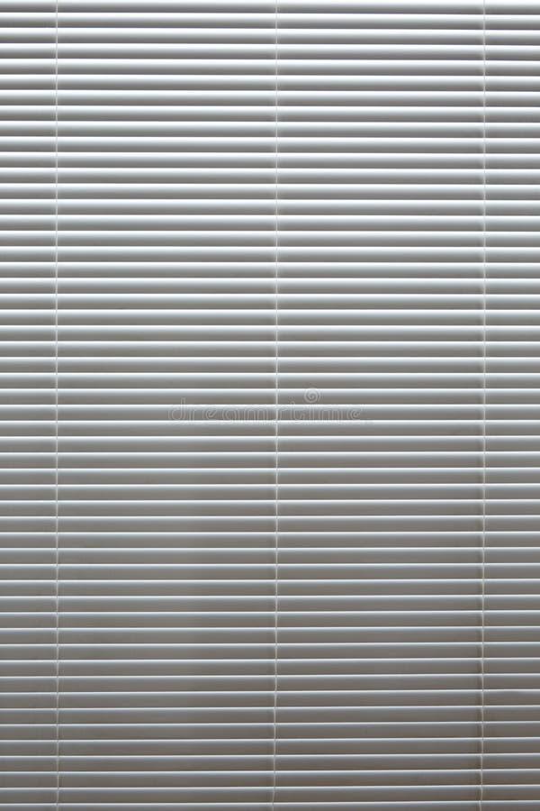 Fondo horizontal ciega degradado blanco de luz de aluminio imagen de archivo libre de regalías