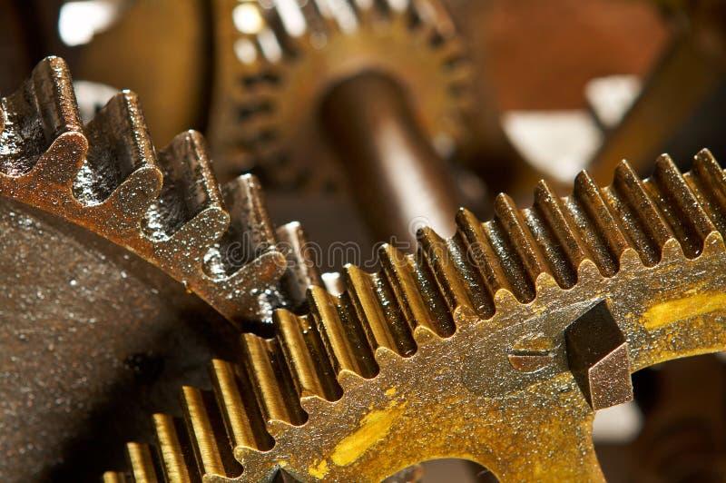 Fondo industrial sucio de los engranajes imagen de archivo