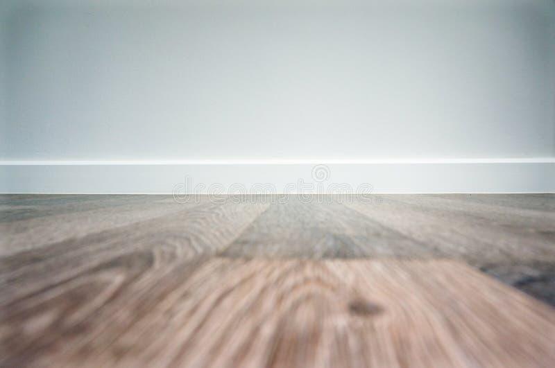 Fondo laminato in bianco del pavimento immagine stock