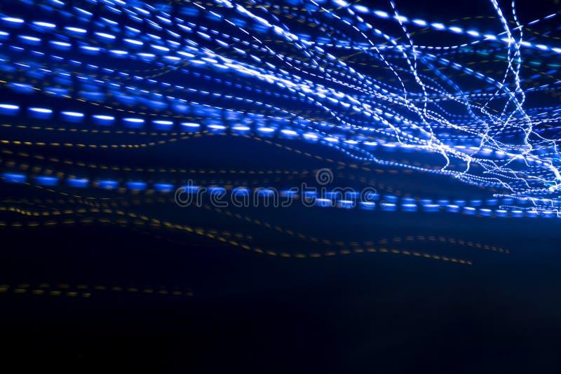 Fondo ligero azul de la velocidad del rastro y del concepto de la conectividad imagen de archivo libre de regalías