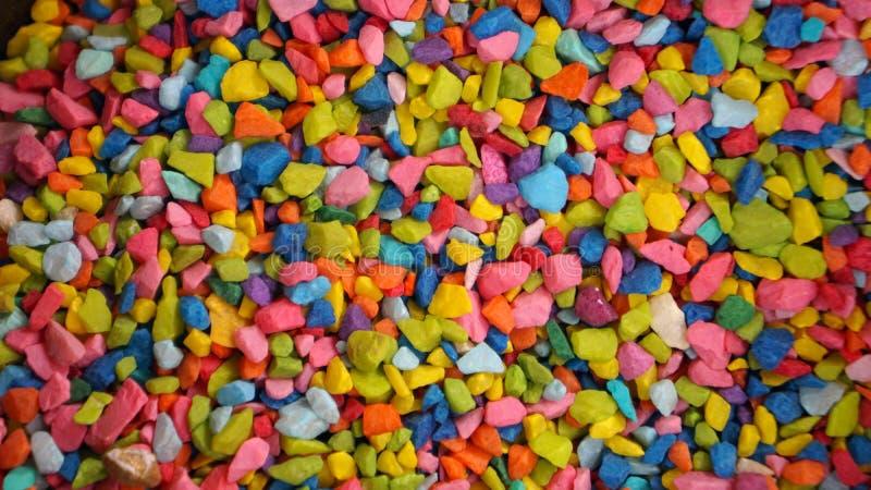 Fondo luminoso colorato di struttura delle pietre immagine stock libera da diritti