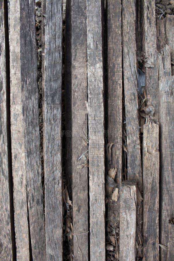 Fondo marrone naturale di legno con le cicatrici ed i modelli Stecche di legno Albero bruciato illustrazione di stock