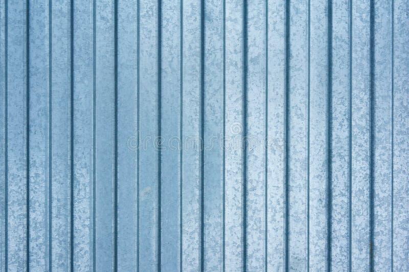 Fondo metálico azul del hierro en rayas horizontales fondo de acero abstraiga el fondo fotografía de archivo
