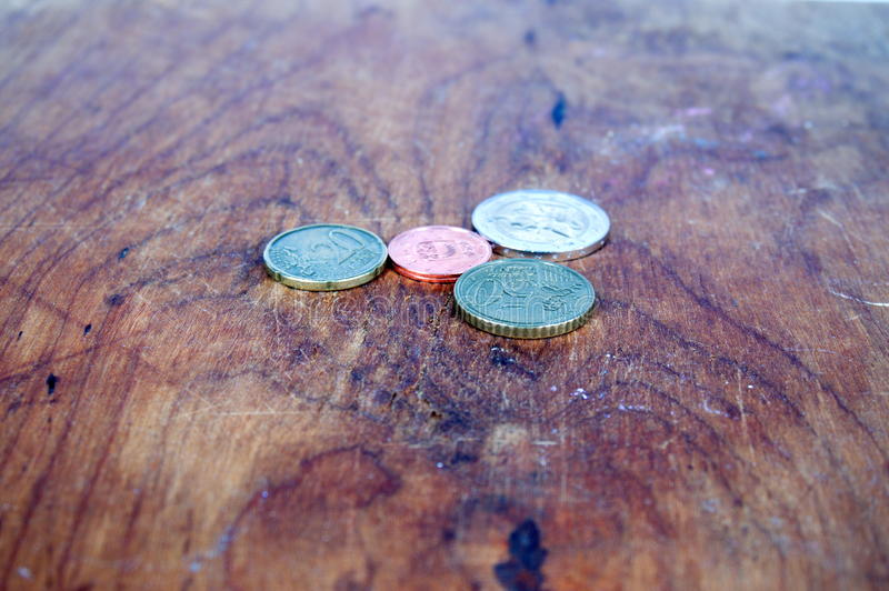 Fondo multicolor de las monedas imagen de archivo libre de regalías