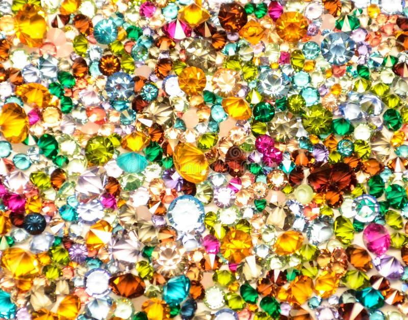Fondo multicolor de los cristales foto de archivo