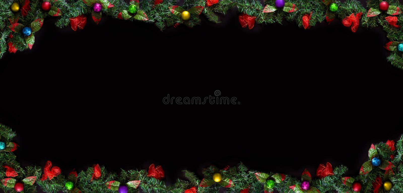 Fondo negro de la Navidad con el espacio vacío de la copia Marco decorativo de Navidad para el concepto o las tarjetas imágenes de archivo libres de regalías