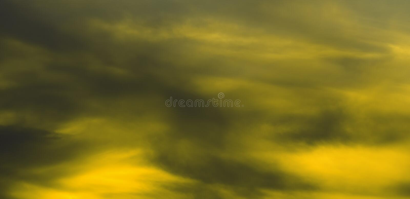 Fondo negro y amarillo imagenes de archivo