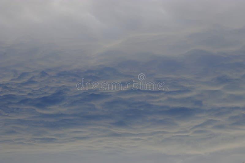 Fondo nuvoloso in cielo fotografia stock