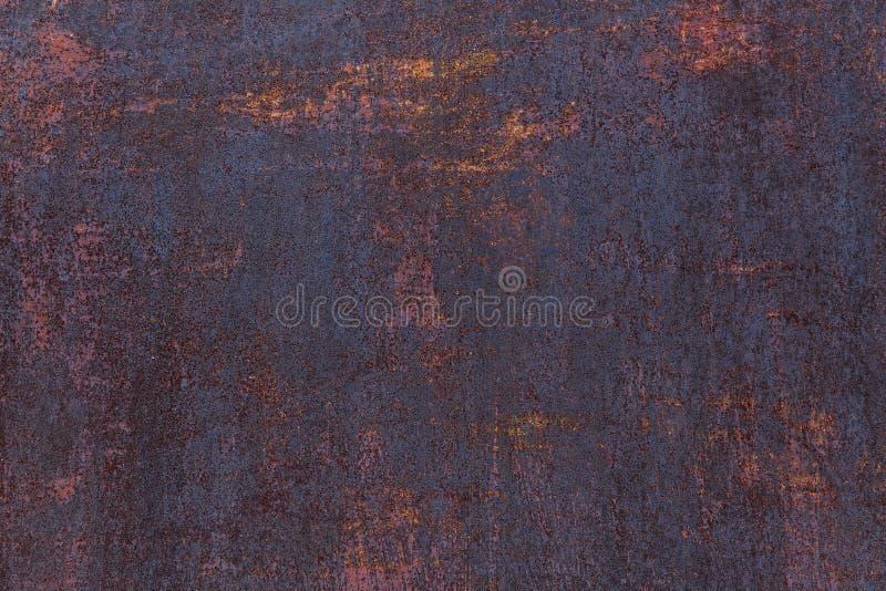 Fondo oxidado Hoja de metal oxidada vieja Pared aherrumbrada roja del garaje Textura del grunge de Brown fotografía de archivo libre de regalías