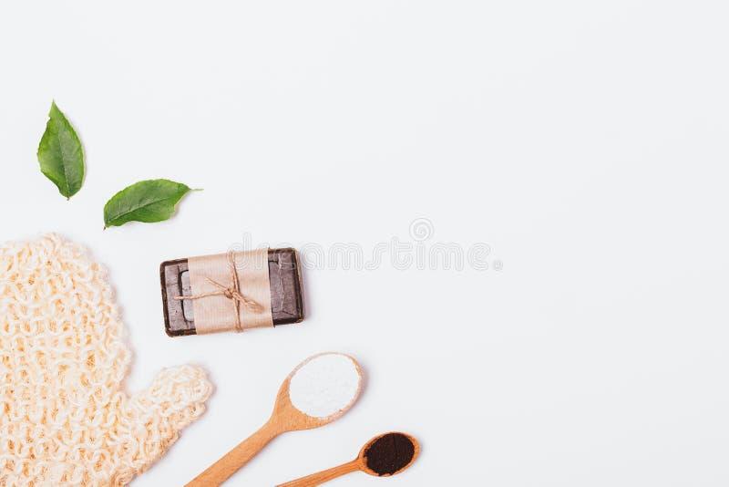 Fondo posto piano della pelle di sfaldamento e di pulizia fotografie stock
