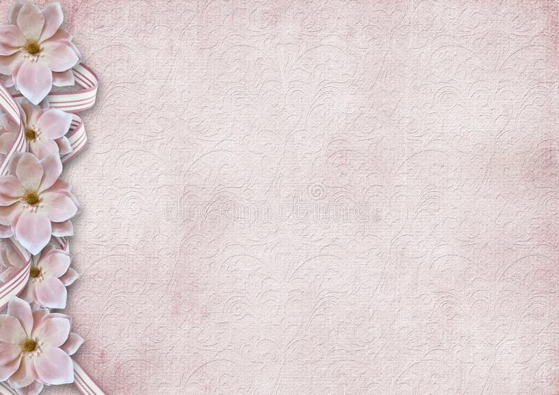 Fondo rosado lamentable del vintage con una frontera de flores fotos de archivo libres de regalías