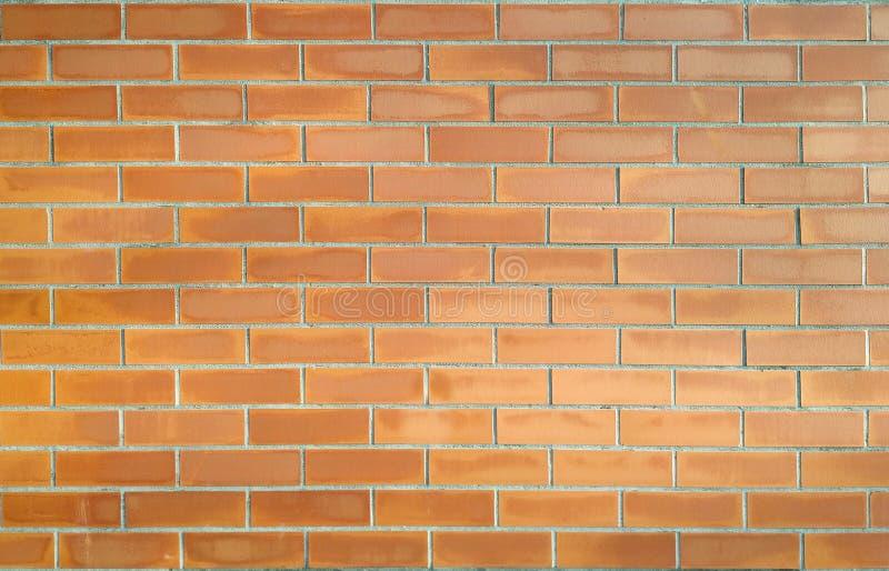 Fondo rosso stagionato del muro di mattoni immagine stock libera da diritti