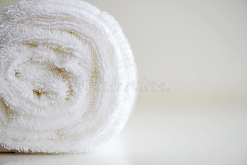 Fondo suave delicado blanco de la imagen lisa de la tela de la felpa de la piel Foto suave del foco fotos de archivo libres de regalías