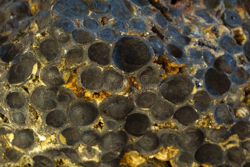 Fondo, textura - muestra de magnetita del mineral de hierro fotos de archivo libres de regalías