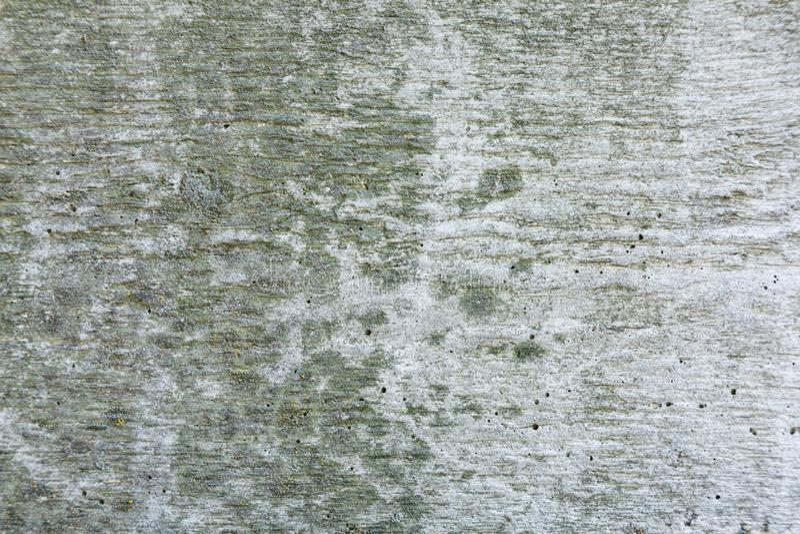 Fondo texturizado abstracto gris de la pared del grunge para el uso en dise?o Fragmento de la pared con las grietas, rasgu?os imágenes de archivo libres de regalías